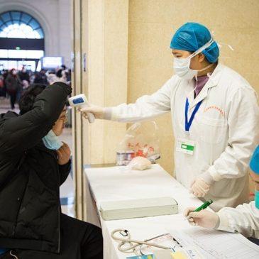 При осложнениях в поездках из-за нового короновируса российские туристы получают помощь по «горячей линии» и на сайте Ростуризма